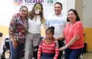 La Comuna de Oxkutzcab entrega apoyos a personas con discapacidad