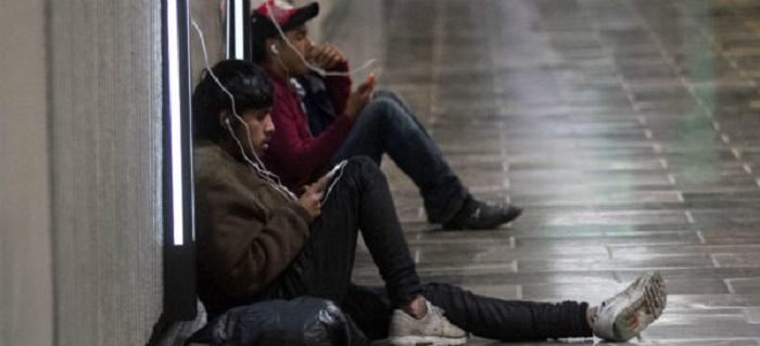 Aumentan los trastornos mentales por la adicción al celular, según un estudio