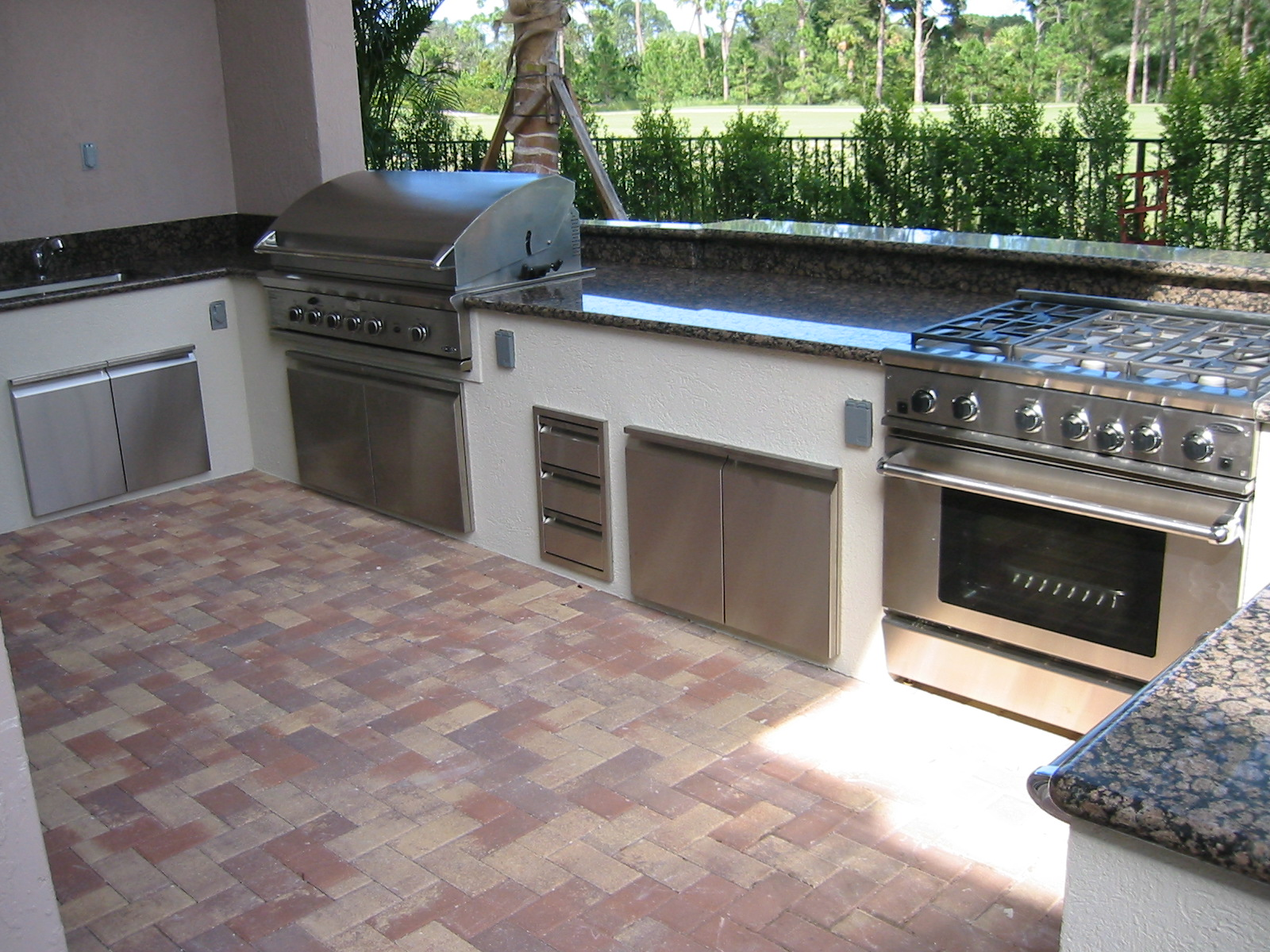 Outdoor Kitchen Design Images | GRILL-REPAIR.COM barbeque ... on Built In Grill Backyard id=89611