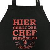 Hier grillt der Chef persönlich - Grillschürze, Kochschürze, Latzschürze mit verstellbarem Nackenband und Seitentasche - Grillkönig Edition -