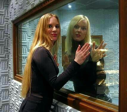 Carmen Elise Espenæs and Liv Kristine