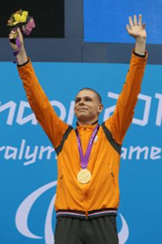 Autisme-ambassadeur Marc Evers wint goud in Rio