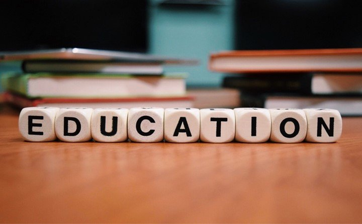 Applications of GIS in education
