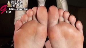度を超えた天然素人娘の皮剥け足裏と天まで届く足コキ射精/フリーターのかすみちゃん