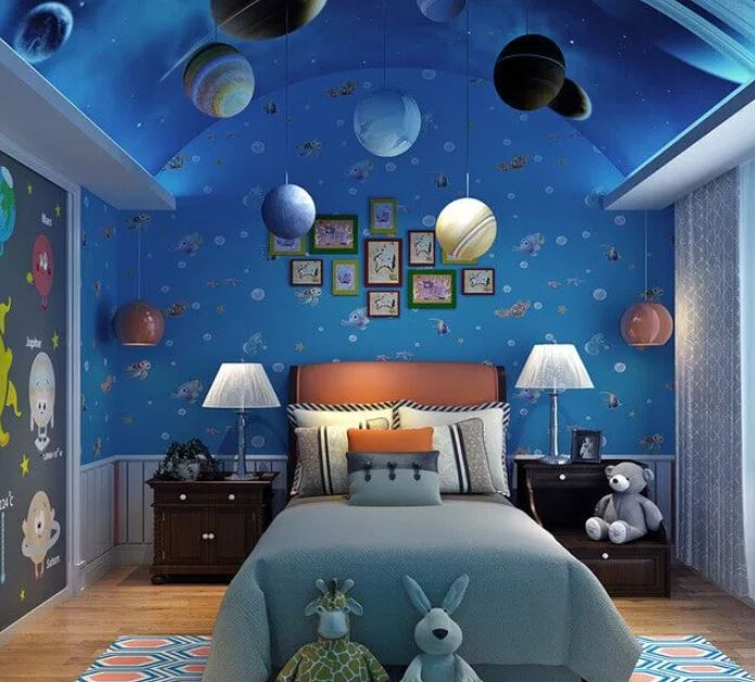 space themed hotel room