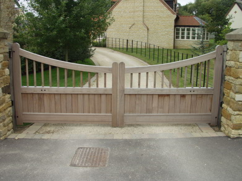 Best Country Driveway Gate