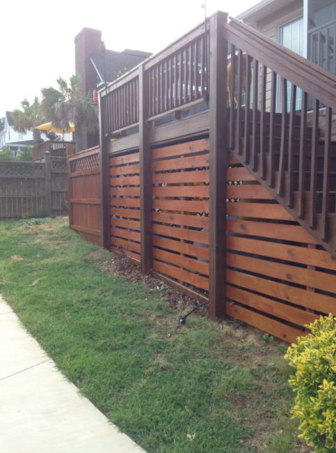 Elegant Wood Panel Deck Skirting Idea