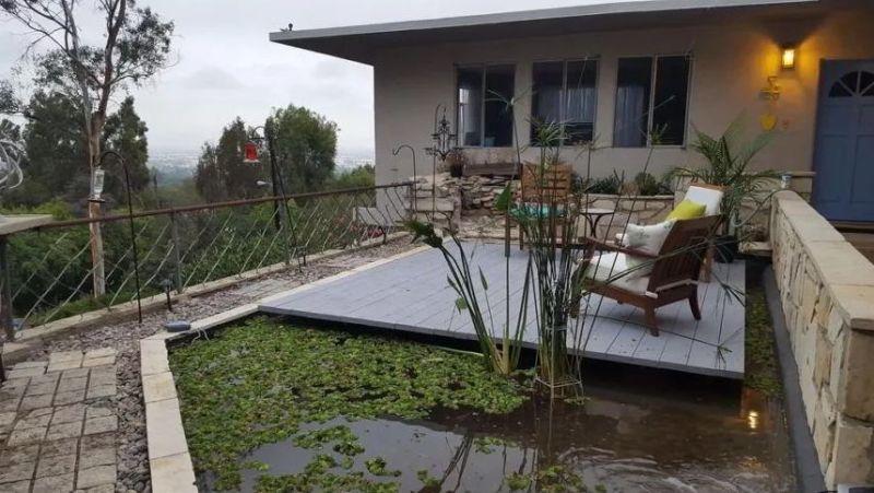 amazing floating deck