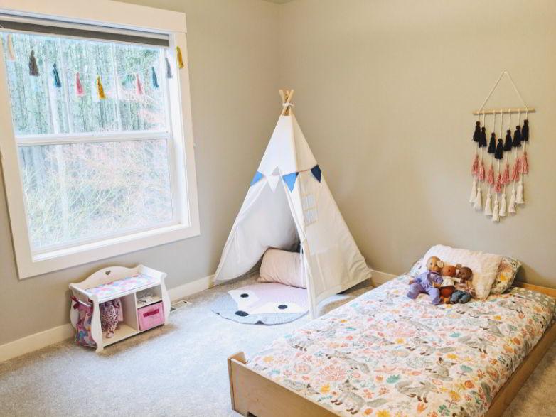 Well-Lighted Monti Bedroom Ideas