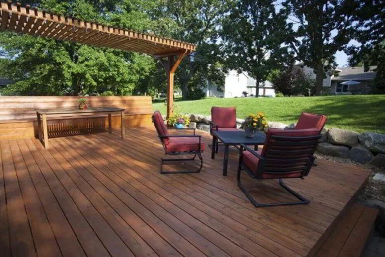 Deck with partial pergola