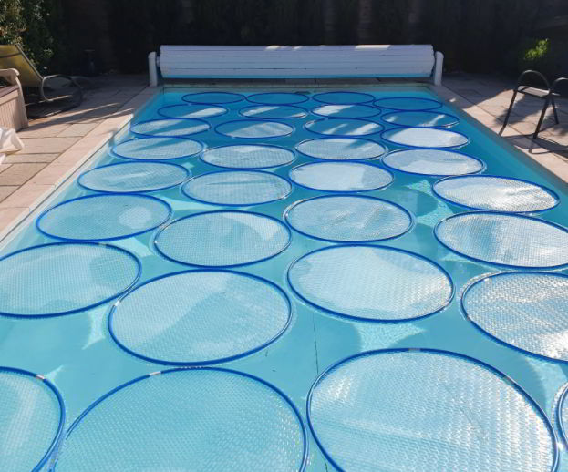 minimalist solar pool cover ideas