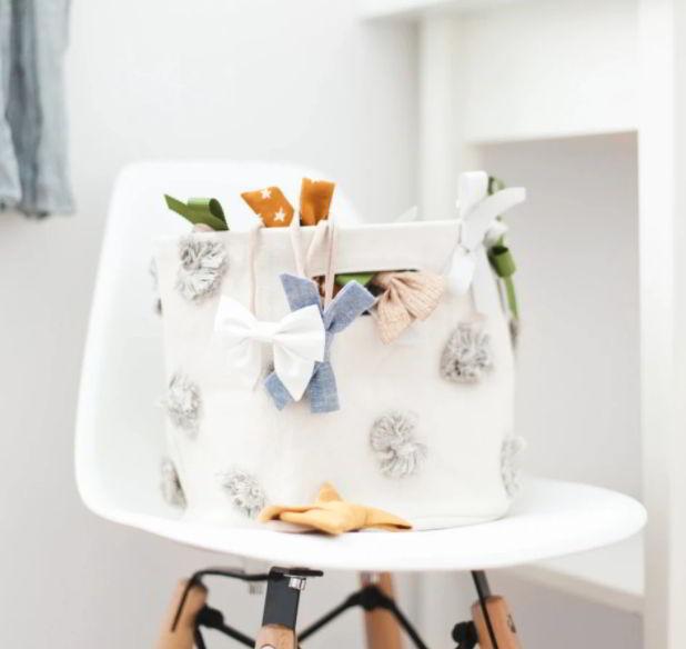 Cute bow bins