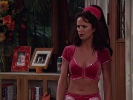 tv_moms_who_brought_sexy_to_the_small_screen_640_16