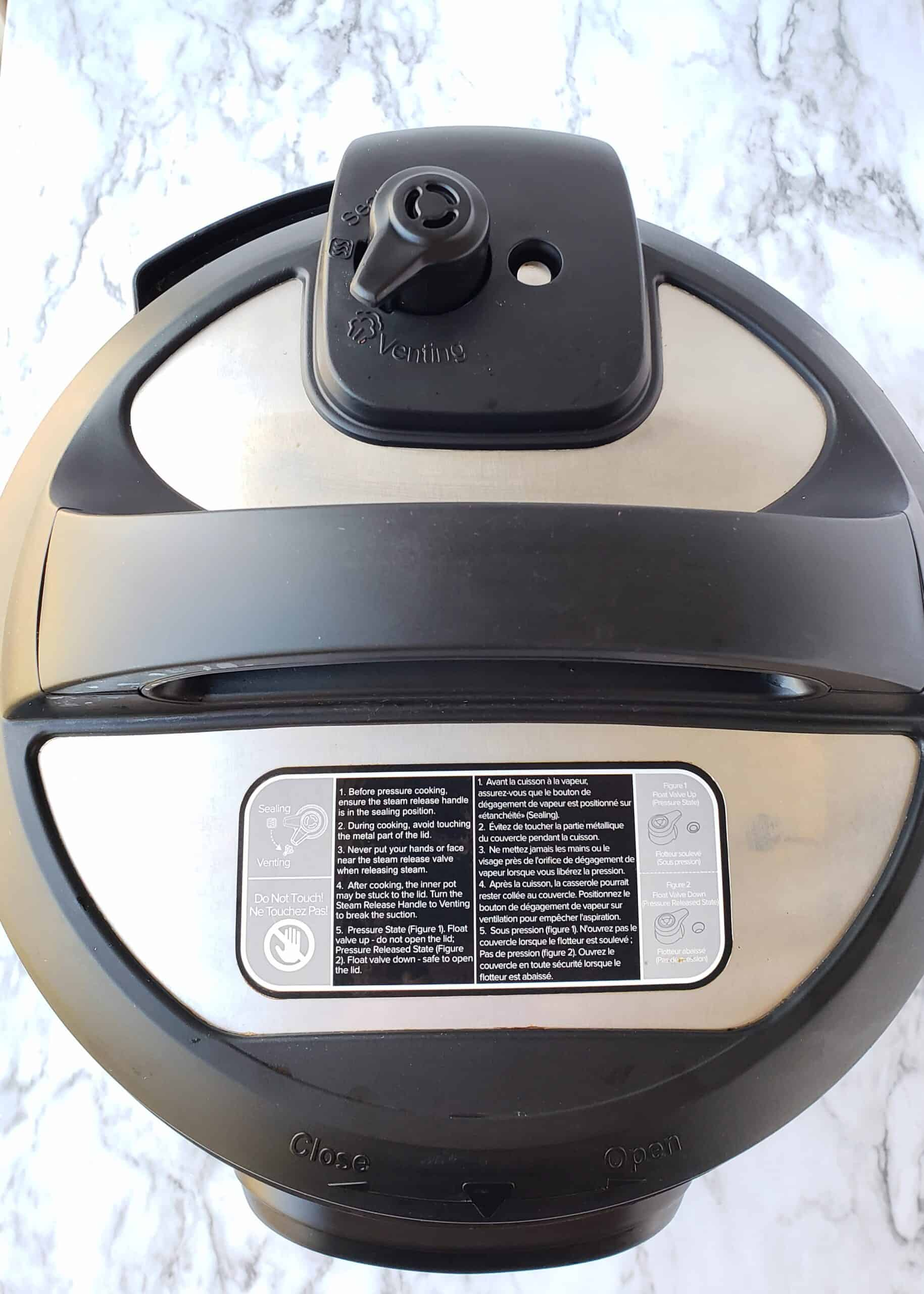 Instant Pot 6 quart Duo 7-in-1 showing Pressure release handle on Venting
