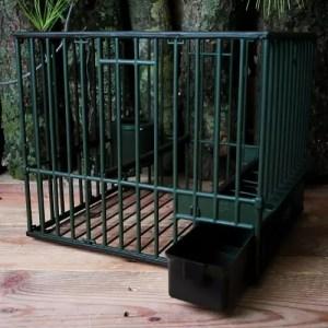 Cages à grive en plastique
