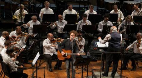 Nando Reis em turnê com a Orquestra Petrobras Sinfônica