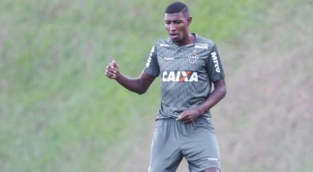 Atlético acerta transferência de Emerson