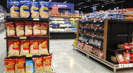 Paraminenses estocam alimentos com medo de faltar e nutricionista alerta para os riscos dos enlatados e industrializados