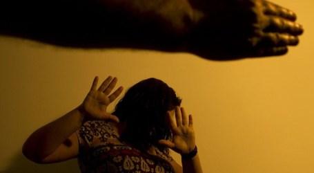 Profissional da saúde pode ter de informar violência contra mulher
