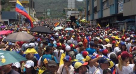 Juan Guaidó apela para manifestação pacífica neste sábado na Venezuela