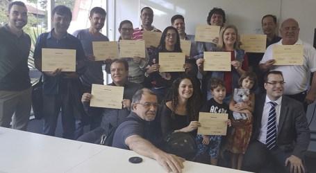 Primeira turma do Curso de Zoneamento Ambiental e Produtivo recebe certificados