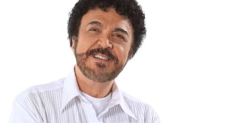 Luiz Ayrão estreia novo show no Imperator