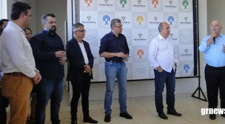 Secretário de Estado anuncia recursos para investimentos na saúde pública em Pará de Minas