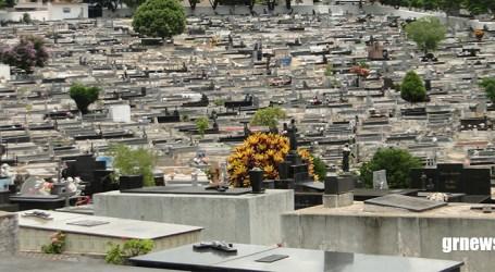 Prefeitura de Pará de Minas investe mais de R$ 238 mil em túmulos para o Cemitério Santo Antônio