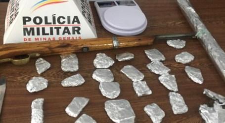 Perdigão: dupla detida suspeita de tráfico; PM apreendeu arma, balança e tabletes de maconha