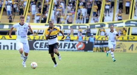 Duas partidas marcam a volta do Campeonato Catarinense em meio à pandemia