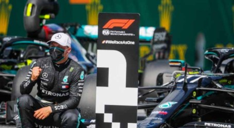 Bottas supera Hamilton e larga na frente no GP da Áustria