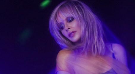 Kylie Minogue lança EP na Apple Music com versão de Troye Sivan