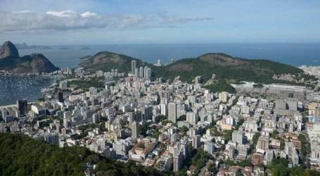 Rio de Janeiro suspende primeira de vacina contra a Covid-19 por falta de doses