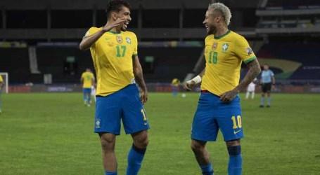 Brasil e Peru encerram confusa rodada tripla das Eliminatórias