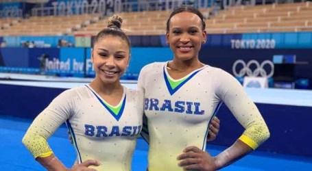 Flávia Saraiva e Rebeca Andrade treinam no palco dos Jogos de Tóquio