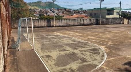Quadra da Escola Municipal Prefeito José Porfírio será reformada em breve; obra pode custar R$ 903 mil