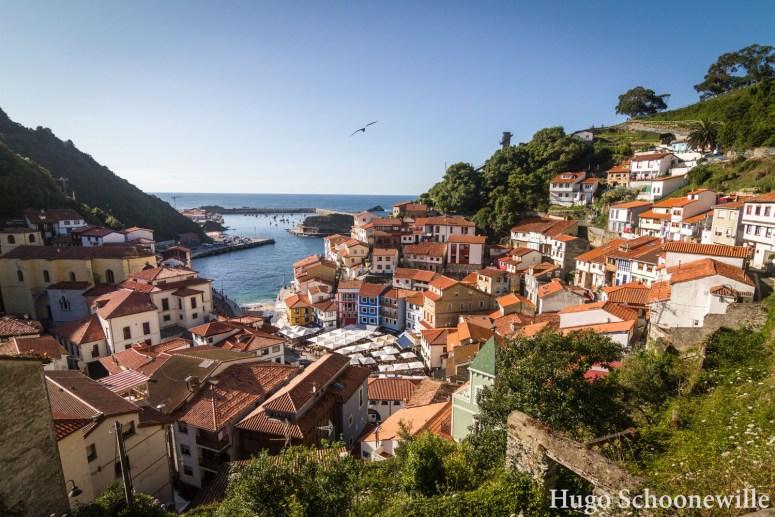 Het dorpje Cudillero dat langzaam afloopt in zee in Asturië.