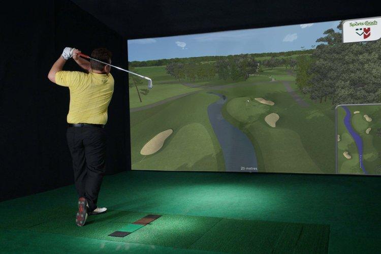 Simulator golf i Manglerudhallen