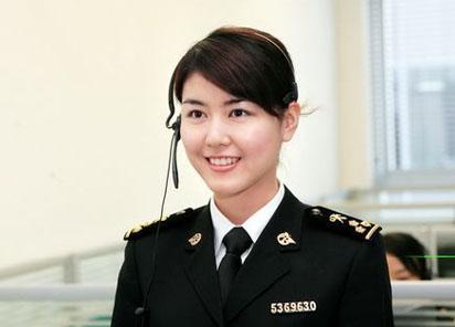 公務員は「鉄飯椀」と呼ばれ安定の象徴だったことはかつての日本と変わらない