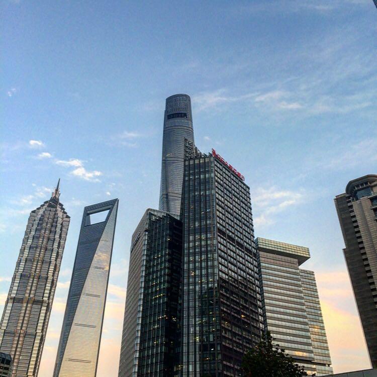 上海の高層ビル群