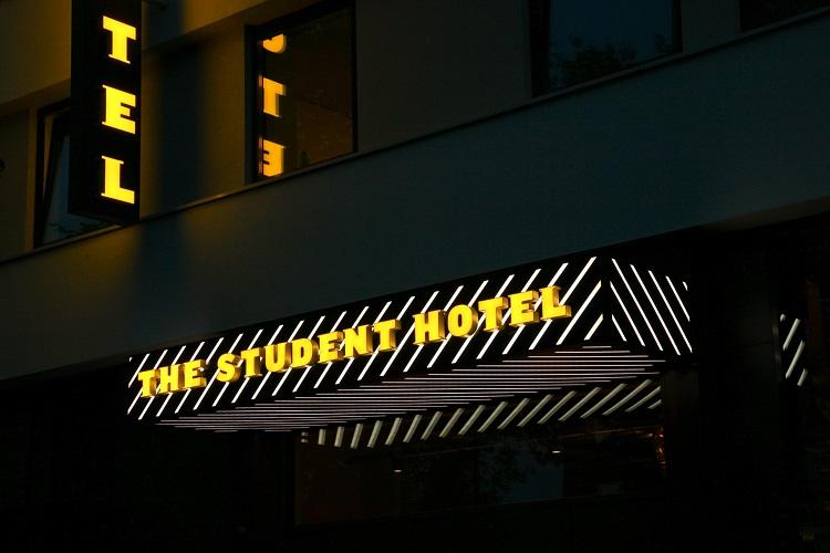 Lichtletters in Groningen