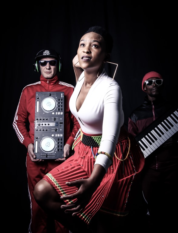 'DJ Elektrique Afrique' to drop debut single 'Down on the Floor' feat Sebabatso on 29 November 2019.