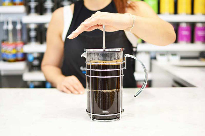 Grosche-Madrid-French-Press-making-cold-brew-french-press--coffee-web-pyrex