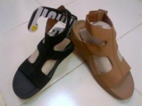 jual fitflop arena 085888666607