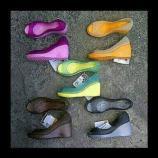 jual sepatu crocs carlie wedges 085888666607