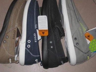 jual sepatu crocs walu men 085888666607