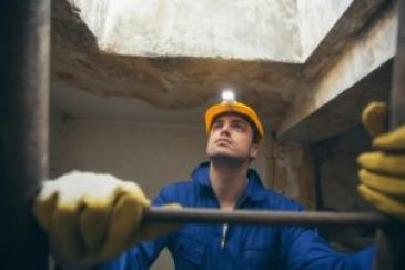 Milwaukee Workers' Compensation Lawyer John Groth can help you with your case.