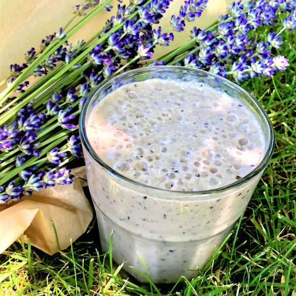 matcha lemon blueberry smoothie
