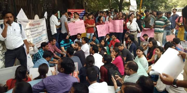 fellowship hike, research scholars, research scholars protest, mhrd, new delhi, iit, aiims, jnu, iiser, du, bhu, ignou