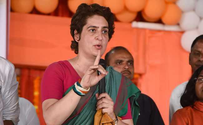 madhya-pradesh-by-elections-2020 : Priyanka's roadshow in Sindhia's stronghold